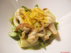 Pache e calamari marinati alla piastra, curcuma, asparagi, arachidi, Porticciolo 84, Lecco