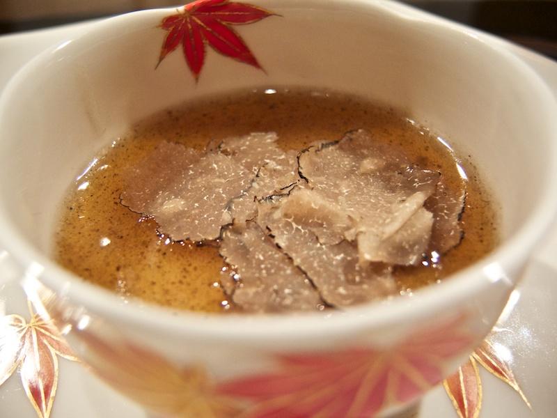 flan di tartufi, Ginza Ukai-Tei, Tokyo, Giappone