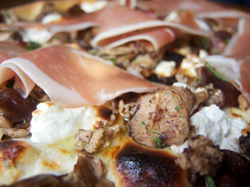 pizza, L'Emporio, New York