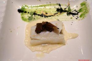Baccalà 54 gradi, cavolfiore, mandorle e tartufo, Cucina Bacilieri, Ferrara