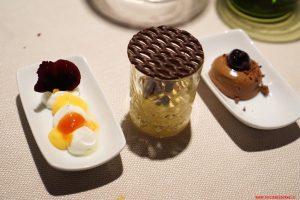 Yogurt, mandarino, pomodoro e vaniglia. Cremoso al cioccolato e amarene. Tiramisù, Cucina Bacilieri, Ferrara