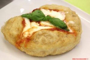 La montanara tradizionale, Pizzeria Elite, Caserta