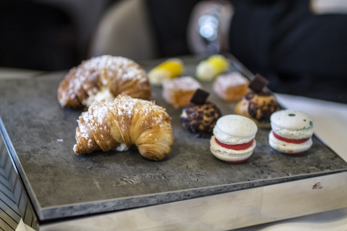 Piccola pasticceria, Cannavacciuolo Cafè & Bistrot, Antonino Cannavacciuolo, Novara