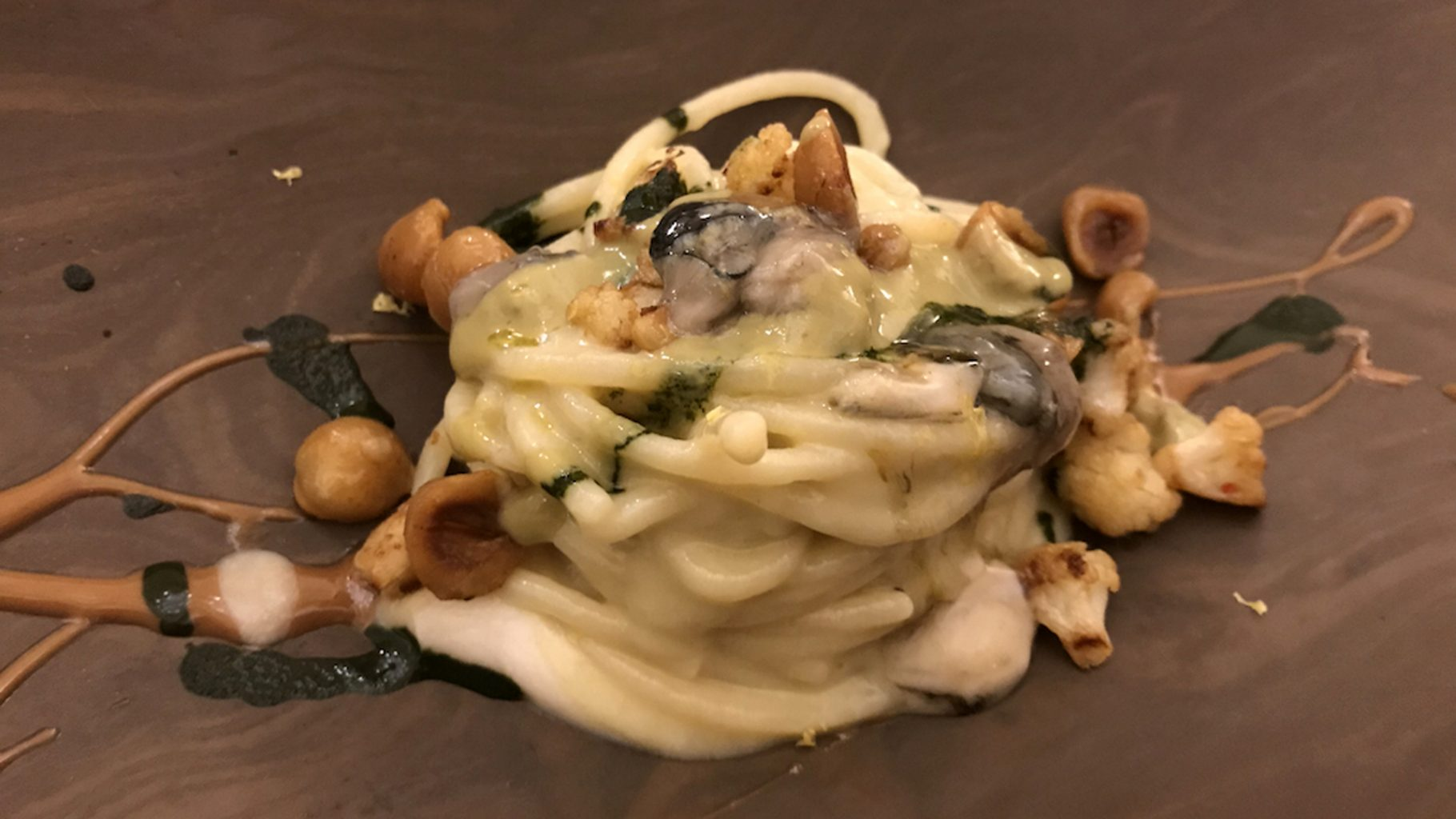 Amistà 33, Spaghettone e ostrica