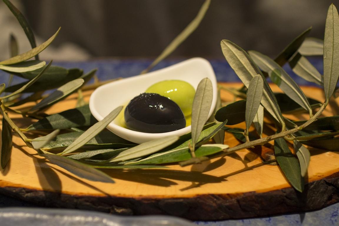 olive molecolari, Disfrutar, due stelle michelin, Barcellona, Spagna