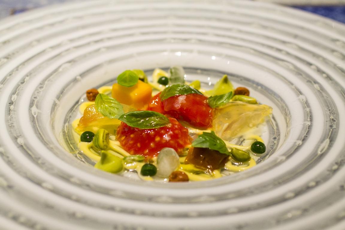 insalata di semi di pomodoro, Disfrutar, due stelle michelin, Barcellona, Spagna