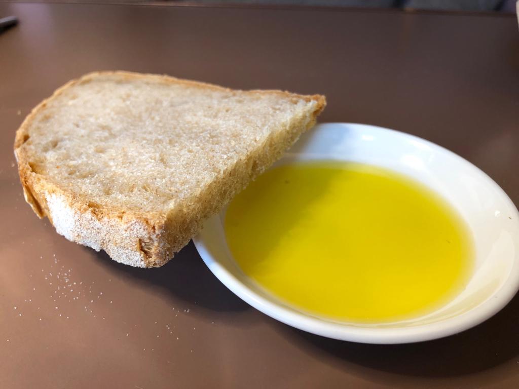 Pane e olio, Oltre., Daniele Bendanti, Bologna