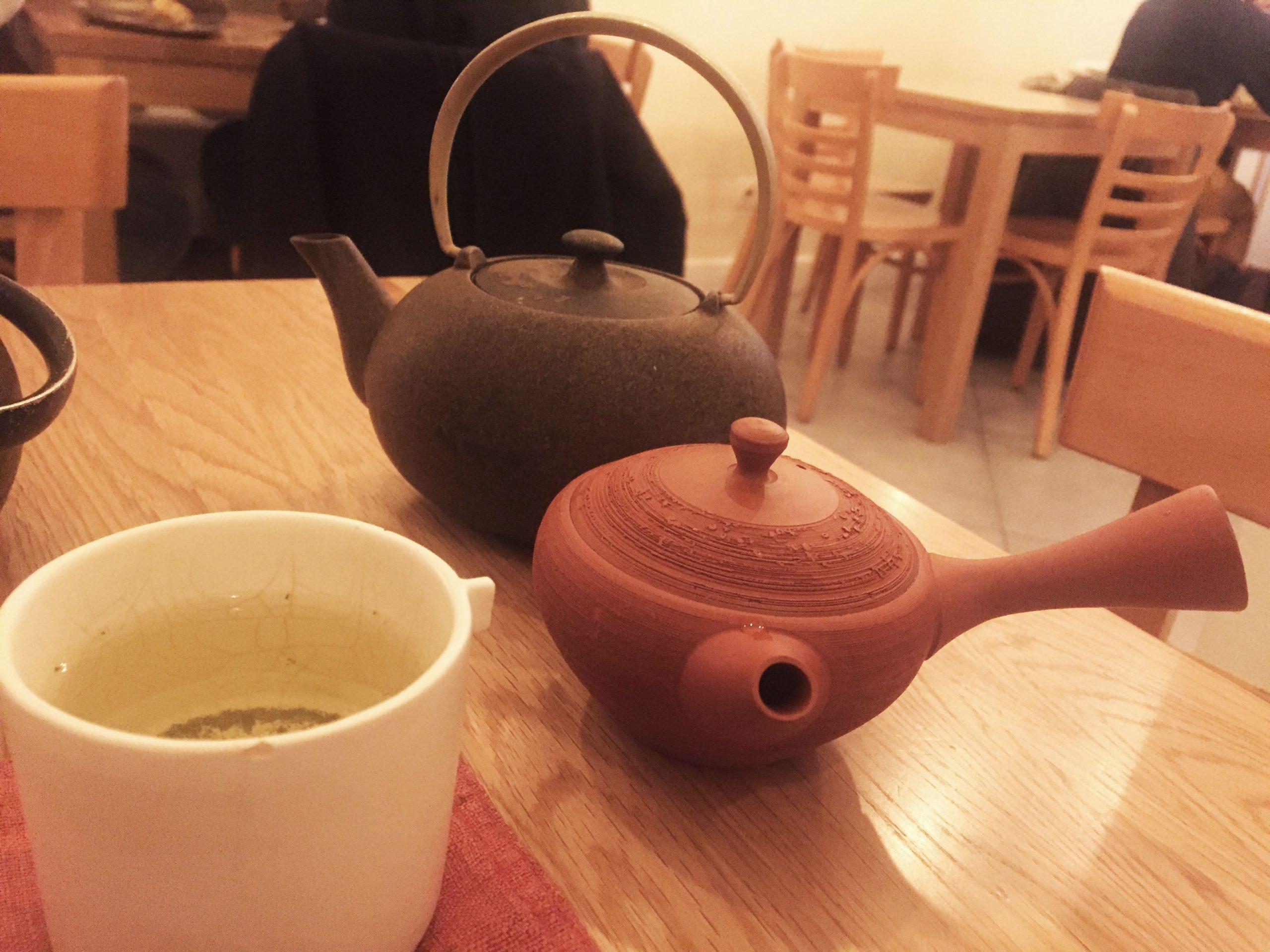 tè sencha, Tomo, Parigi