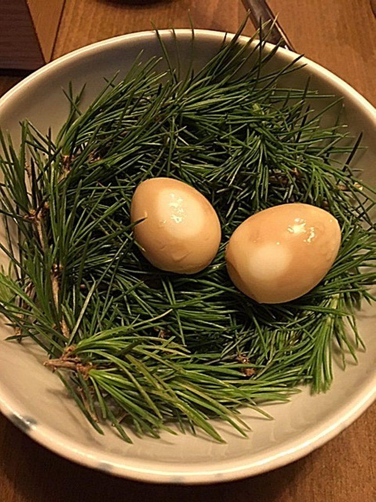 Uovo di quaglia, Villa Naj.