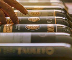 A casa con i vini di Umberto Cesari